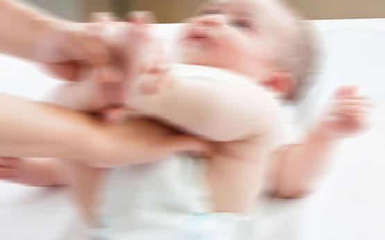 Bebeklere de kullanılan ağrı kesici ateş düşürücü Paranox'a toplatma